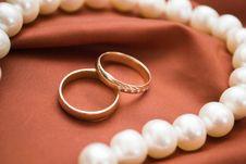 Free Wedding Rings Stock Photo - 17958180