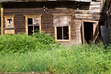 Old Abandoned Wooden House Royalty Free Stock Photos