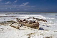 Free Wooden Fishermens Boat Off Zanzibar Stock Images - 17959804
