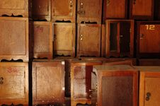 Free Small Brown Cabinet Stock Photography - 17962992