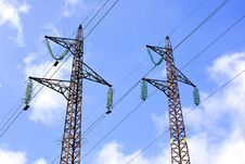 Free Power Lines And Electric Pylons Royalty Free Stock Image - 17965446
