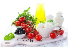 Free Fresh Ingredients For Salad Stock Photos - 17965963