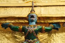 Free Guardian Statue At Wat Phra Kaew Royalty Free Stock Photos - 17966208