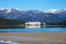 Free Lake Louise - Hotel Stock Photo - 17968830