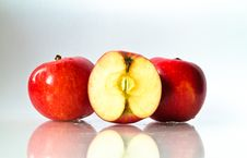 Free Fresh Red Apple Stock Photography - 17970622