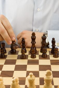 Free Hand Moving Chess Black Piece Royalty Free Stock Images - 17975519