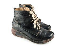 Free Black Shoes Stock Photos - 17980433