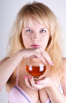 Free Blond With Cognac Royalty Free Stock Images - 17986809