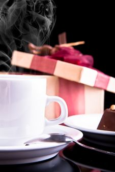 Free Tea, Chocolate And Gift Royalty Free Stock Photo - 17987665