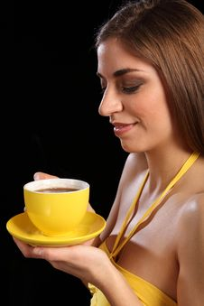 Free Portrait Beautiful Woman Holding Cup Of Black Tea Royalty Free Stock Images - 17988019