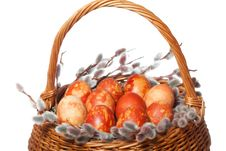 Free Punnet With Coloured Easter Eggs Royalty Free Stock Image - 17988106