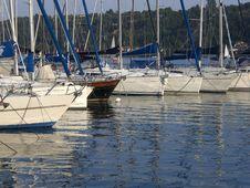 Free Sailboats In Lake Garda Stock Images - 17988244