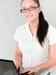 Free Girl With A Laptop Stock Photography - 17990052