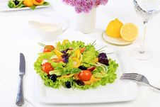 Free Fresh Salad Royalty Free Stock Photo - 17994755