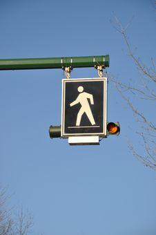 Free Pedestrian Sign Royalty Free Stock Photos - 17995888