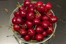 Free Bowl Of Cherries Stock Image - 17998161