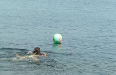 Free Beach Ball Save Stock Image - 189681