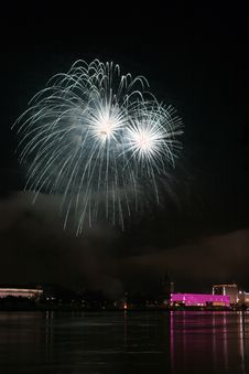 Free Fireworks Over The Danube In Linz, Austria 4 Royalty Free Stock Photos - 1802678