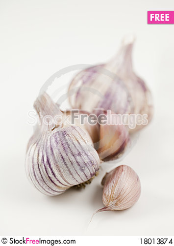 Free Clove And Heads Of Garlic Stock Images - 18013874