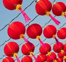 Free Red Chinese New Year Lanttern Stock Photo - 18013340