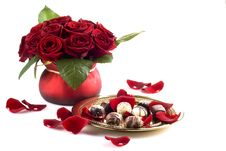 Free Chocolates And Roses Stock Photography - 18013442