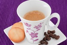 Free Cup Of Coffe And Biscuits Royalty Free Stock Images - 18014629