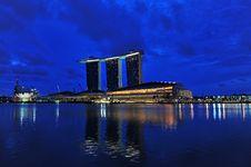 Free Night Scene Of Modern Building Stock Image - 18015091