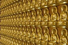 Free Gold Buddha Temple Wall Royalty Free Stock Image - 18015116