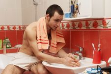 Guy In The Bath Stock Images