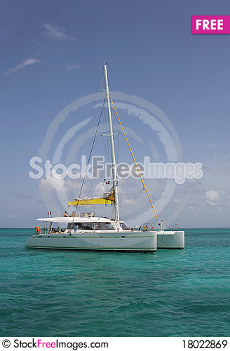 Free Catamaran Royalty Free Stock Images - 18022869