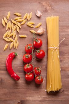 Free Pasta And Vegetables Royalty Free Stock Photos - 18020458