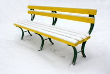 Free Bench In The Snow Royalty Free Stock Images - 18023129