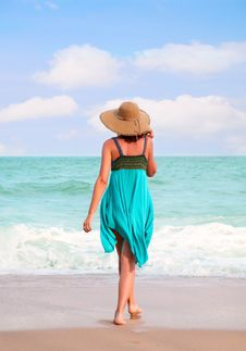 Free Young Woman On The Beach Royalty Free Stock Photo - 18023485