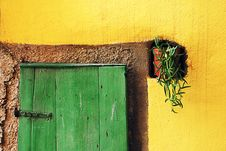 Free Adriatic Island Green Door On Yellow Wall Royalty Free Stock Photography - 18025807