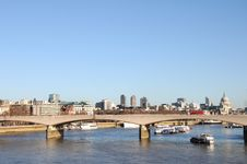 Free Waterloo Bridge Stock Photography - 18033132