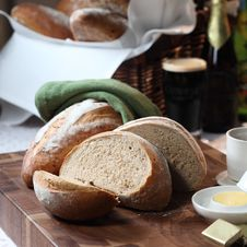 Free Breads Royalty Free Stock Photo - 18033505