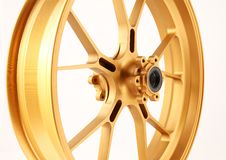 Free Gold Forged Wheels Stock Image - 18035651