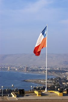 Free Chilean Flag On Top Of The Morro De Arica Royalty Free Stock Images - 18037369