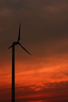 Free Windmill With The Colorful Sky Stock Image - 18039691