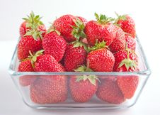 Free Strawberries Royalty Free Stock Images - 18040189