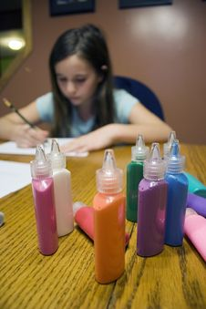 Free Colorful Paint With Child Drawing Stock Photography - 18041942