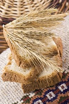 Free Bread 3 Royalty Free Stock Photography - 18042957