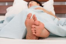 Free Sleeping Woman S Feet Royalty Free Stock Photography - 18046697