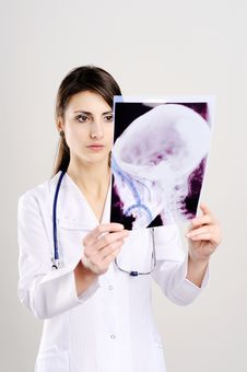 Doctor With X-ray Of Head Royalty Free Stock Photo