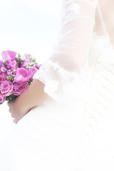 Free Bridal Bouquet Royalty Free Stock Images - 18052869