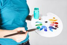 Free Closeup Of Woman Mixing Paint On Palette Royalty Free Stock Images - 18056319
