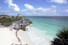 Free Ruins At Tulum With Beach Royalty Free Stock Image - 18057396