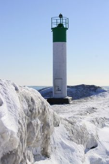 Free Winter Lighthouse Stock Photography - 18060322