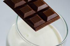 Free Milk And Chocolate Stock Photo - 18069850