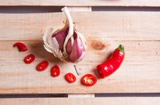 Free Garlic And Pepper Stock Photo - 18069870